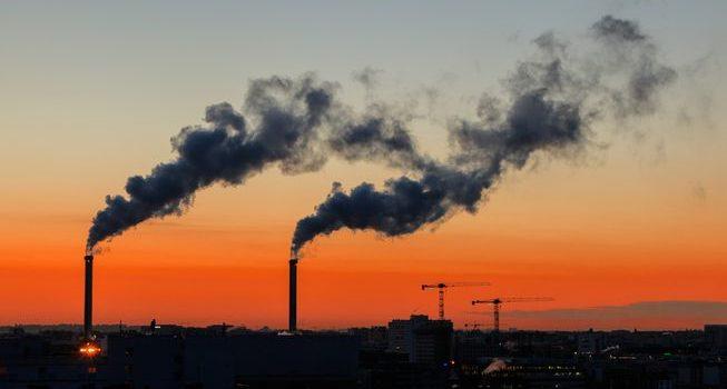 Pași prea mici în combaterea poluării aerului care provoacă anual 23.000 de decese premature în România